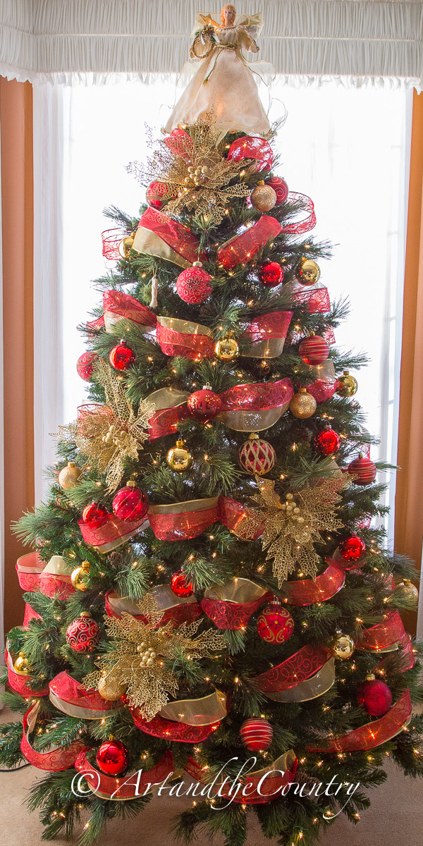 Images of red and gold christmas trees roselawnlutheran for Red gold christmas tree decorating ideas